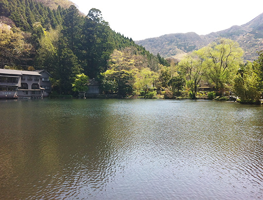 Kinrinko Lake & Tenso Shrine
