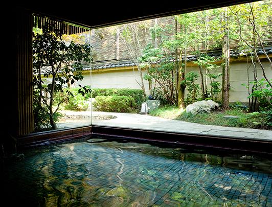 shouno-yu_honkan-hot-spring-bath