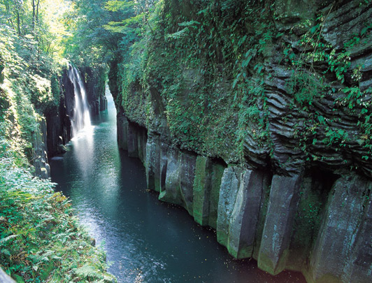 Secrets of Japan: Kyushu Adventure