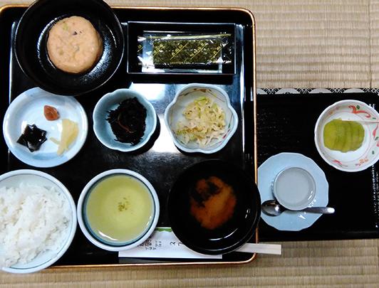 henjokoin_breakfast