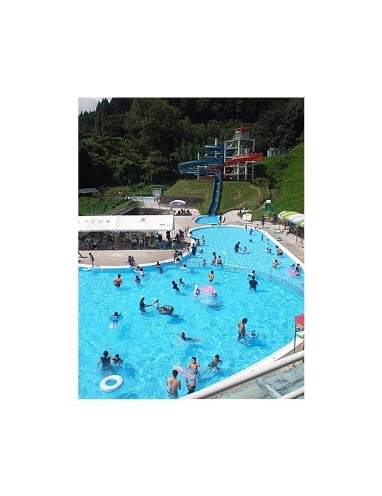 kobayashi kyushu japon piscine voyage enfants