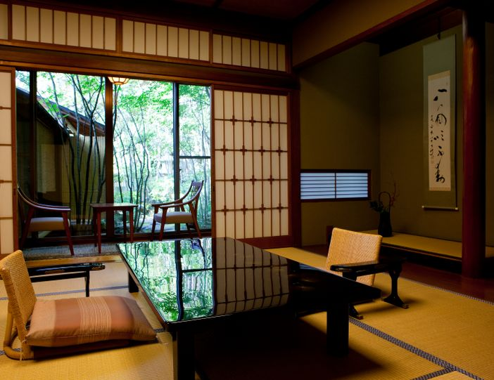 chambre tatami traditionnel ryokan japon