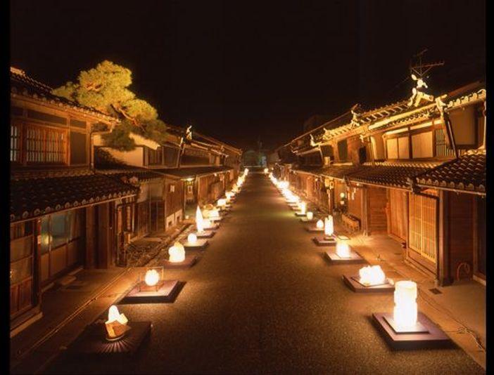 Mino, ville délicieusement rétro sur le thème du papier « Mino-Washi »
